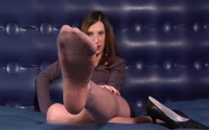 Well Worn Pantyhose Foot Jerk Off Instructions